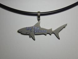 Bullenhai Titanschmuck